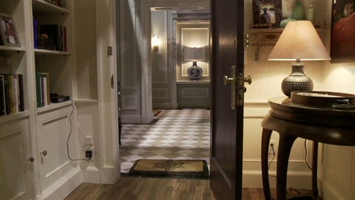 The-good-wife-tv-show-alicia-florrick-apartment7